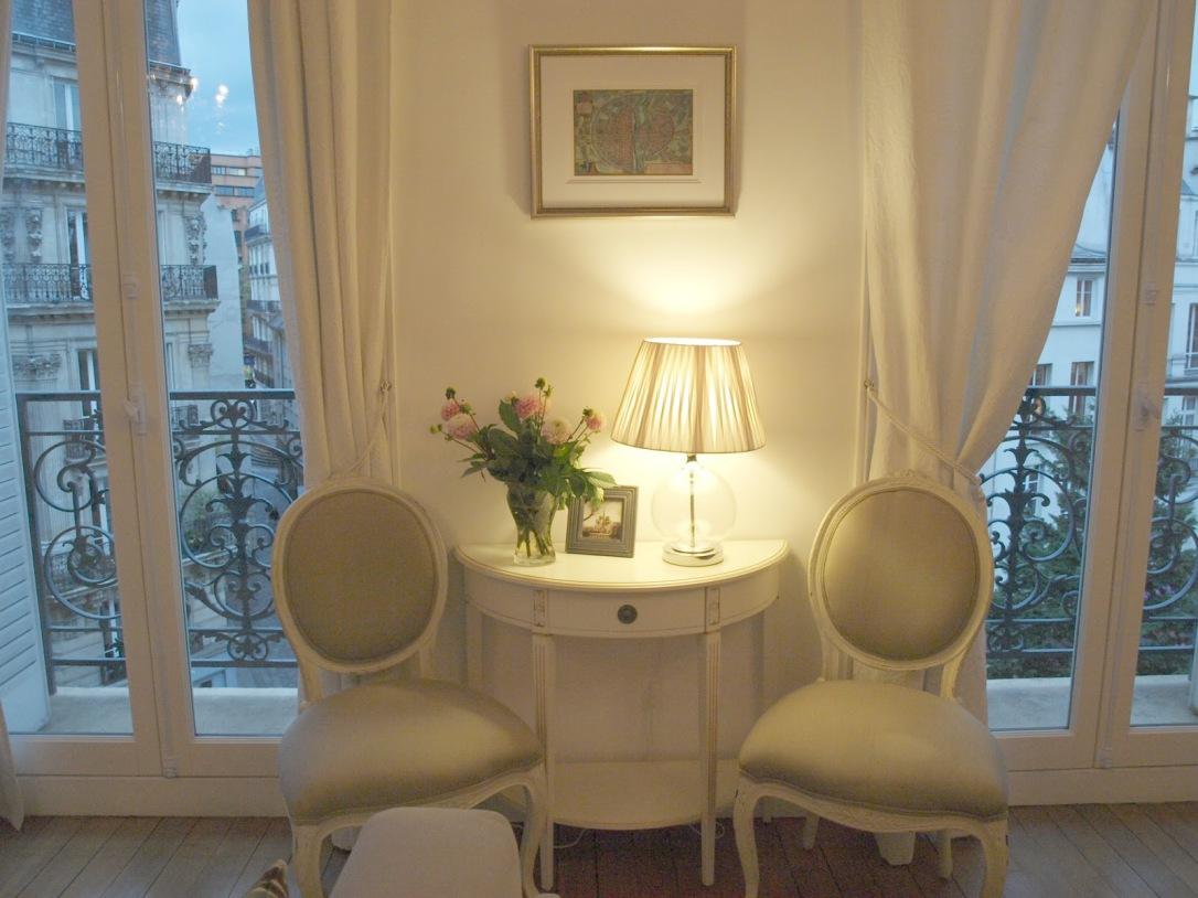 hello+lovely+apartment099k